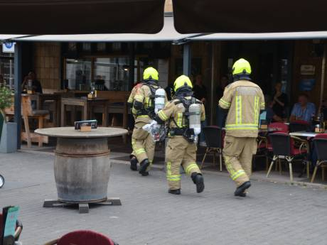 Koolzuur lekkage bij café op de Markt in Terneuzen