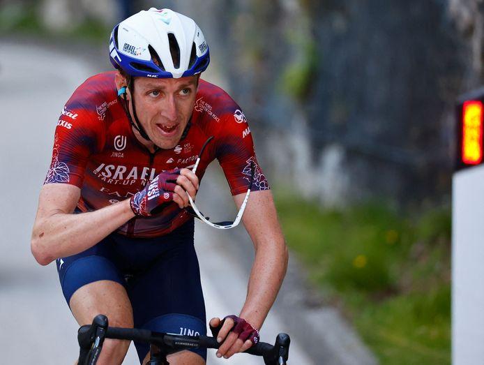 Dan Martin op weg naar dagsucces in de 17de Giro-rit.