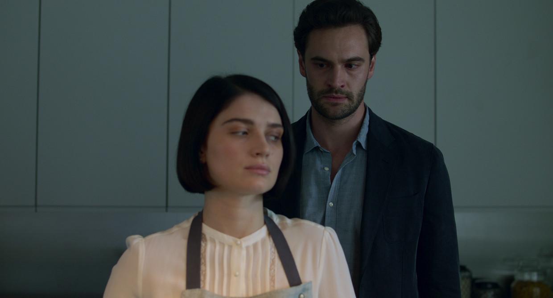 Scène uit 'Behind Her Eyes'.  Beeld Netflix