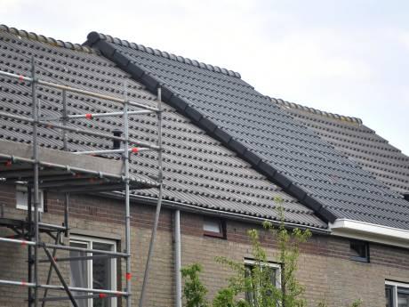 Ongelijke daken in Middelburg zorgen voor kritiek: 'Het is waardeloos en lelijk'