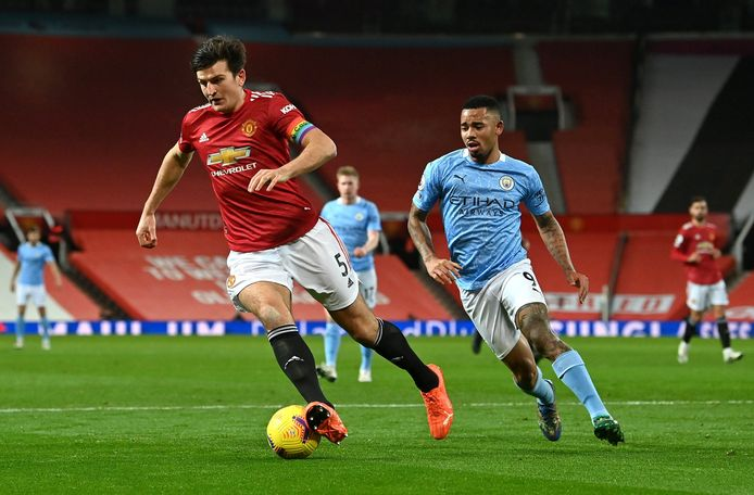 Manchester United's Harry Maguire (left) and Manchester City's Gabriel Jesus battle for the ball during the Premier League match at Old Trafford, Manchester. ! only BELGIUM !