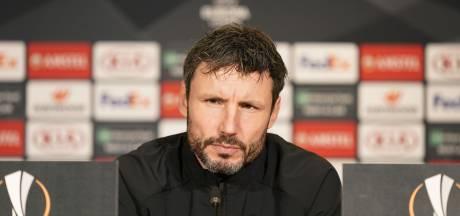 Mark van Bommel is snel de nieuwe trainer van VfL Wolfsburg en shopt bij PSV
