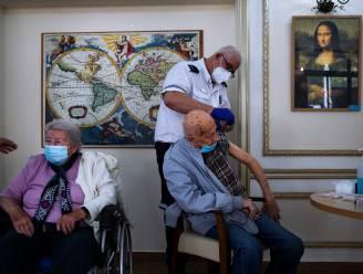 Israël biedt 60-plussers derde coronaprik aan