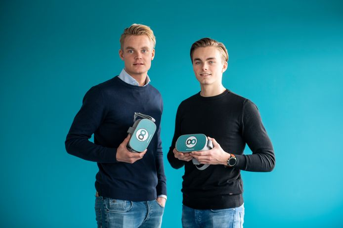 Menno en Sander Kamphuis van Moovd, gespecialiseerd in digitale behandeling van angst- en traumaverwerking.