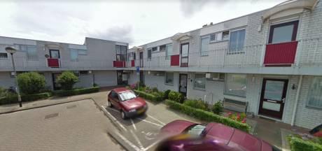 Schreeuwen, stampen en korte bezoekjes: Laurentius wil overlastgevende Bredase (32) uit seniorencomplex
