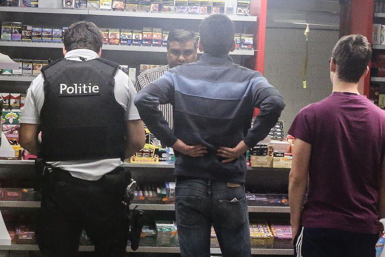 Negen nachtwinkels in Harelbeke en Deerlijk kregen controle (niet nachtwinkel op de foto).