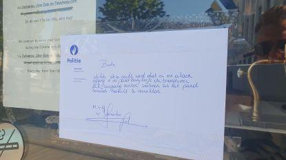 """Politie hangt briefje bij Würst: """"De brandweer heeft zich toegang moeten verlenen tot uw pand. M.v.g."""""""