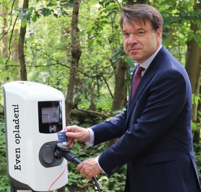 Het eerste openbare optreden van de nieuwe Amersfoortse wethouder Roald van der Linde.