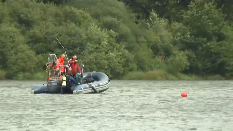 Archieffoto: zoektocht naar de 15-jarige Sebastiaan Vandommele, die vorig jaar verdronk in het meer van Bütgenbach. Beeld VTM NIEUWS