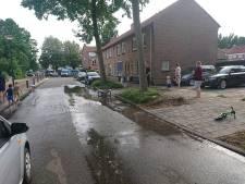 Derde leidingbreuk in twee dagen in Veenendaal: Jan Steenlaan onder water