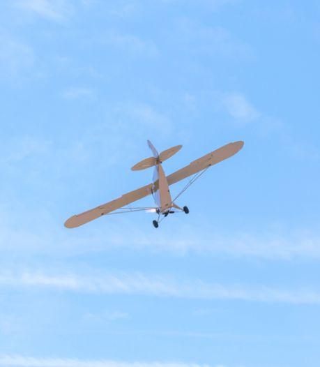 Crash d'un petit avion près d'Orléans, les deux occupants survivent miraculeusement