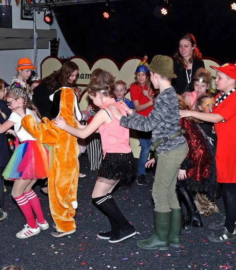 Beltrum viert carnaval in al gesloten horecazaak