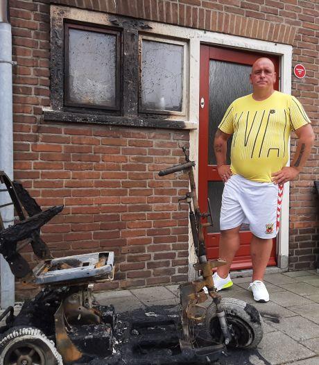 Nieuws gemist? Potloodventer houdt Apeldoornse buurt in greep en Scootmobiel brandt uit in Deventer. Dit en meer in jouw overzicht