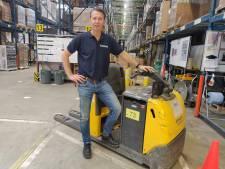 CEO van Brabantia loopt mee in magazijn door personeelstekort: 'De denker is nu een doener geworden'