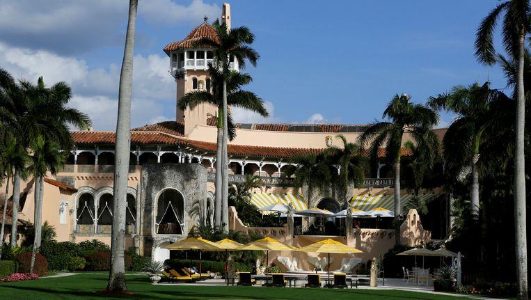 Mar-a-Lago in de Amerikaanse staat Florida, het belangrijkste buitenverblijf van president / miljardair Donald Trump. Hij ontving er onder meer de Chinese president Xi Jinping. (Foto uit april 2017) Beeld reuters