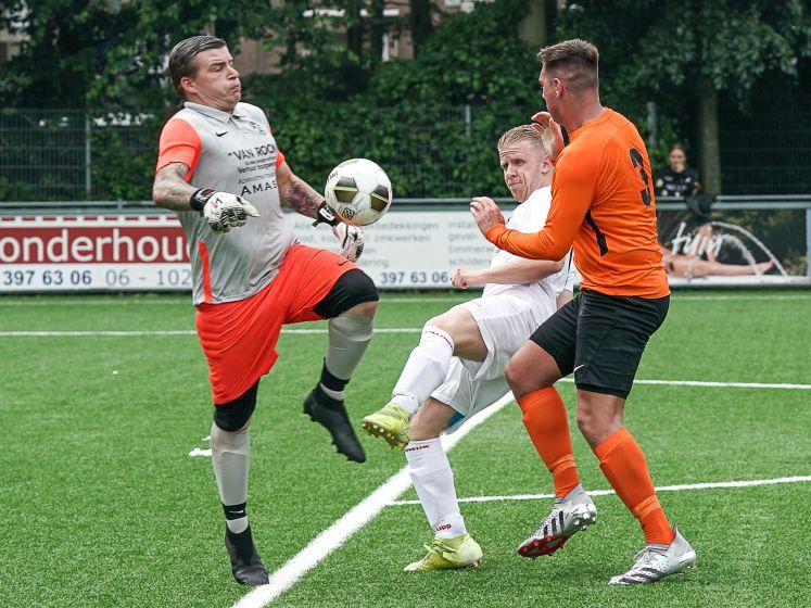 Eindelijk weer een échte wedstrijd: 'Ouderwetse opwinding en voetbalvlinders in de buik'