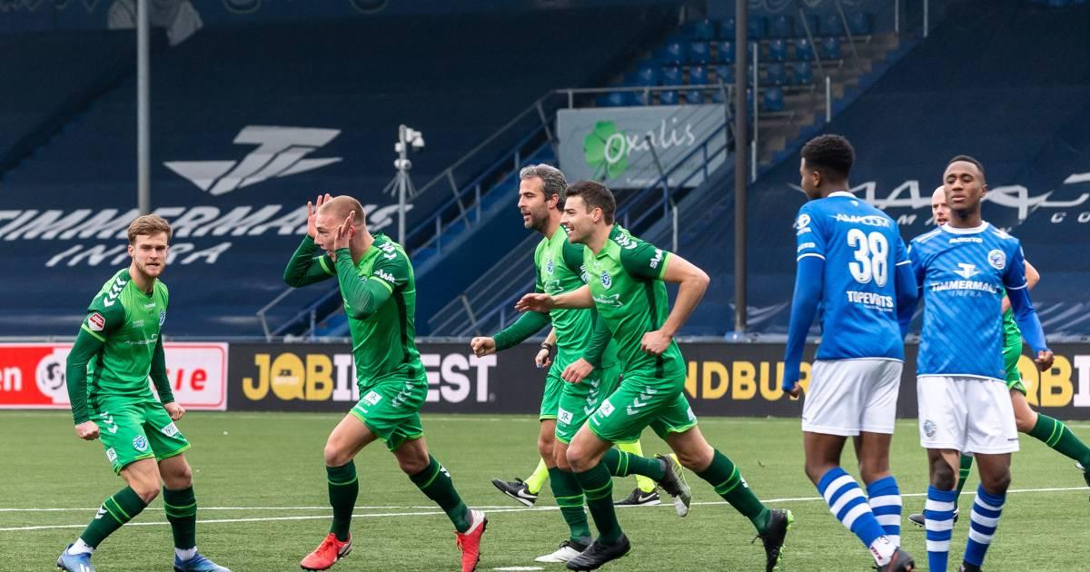 Grasmat en selectie De Graafschap klaar voor thuisduel met MVV: 'Heel blij dat we kunnen voetballen' - De Gelderlander