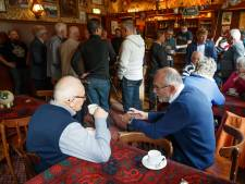 Veteranen ontmoeten elkaar in Zwijnshoofd