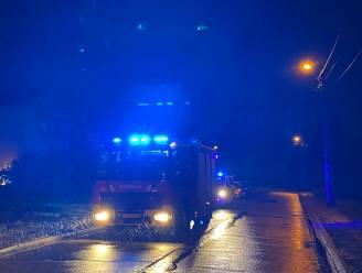 Gezellig kampvuur lokt ook politie en brandweer, feestje meteen ten einde