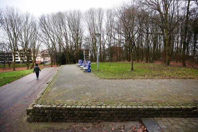De straatroof vond plaats in Park Transwijk.