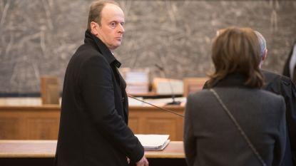 Bankier krijgt in beroep twee jaar cel met uitstel voor oplichting en misbruik van vertrouwen