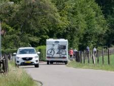 Aanwonenden willen oplossing voor verkeerschaos Gortelseweg Vierhouten: 'Levensgevaarlijke racebaan'