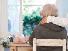 Meer hulp voor Alzheimerpatiënten: 'Mensen trekken nu vaak aan de bel als het te laat is'