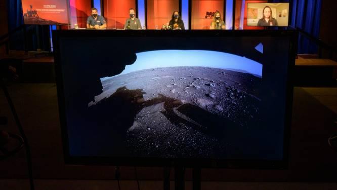 Minihelikopter Ingenuity meldt zich voor het eerst vanop Mars