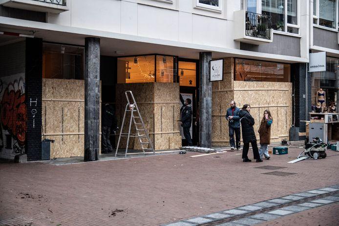 Een dichtgetimmerde zaak in Nijmegen vanwege de oproep tot rellen.