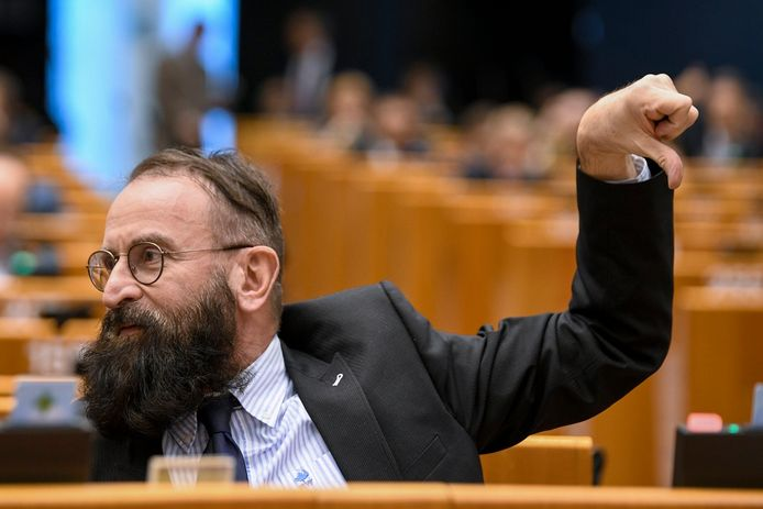 József Szájer in het Europees Parlement