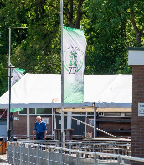 Gramsbergen rouwt na dood van voetbalvader en jeugdtrainer (48): 'Aangedaan en verslagen'