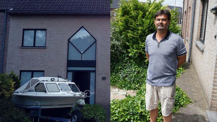 Dieven gingen aan de haal met de boottrailer, inclusief boot, die geparkeerd stond op een oprit in de Sportlaan in Vrasene.