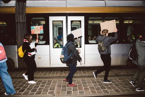 Foto van Duizenden scholieren spijbelen voor het klimaat