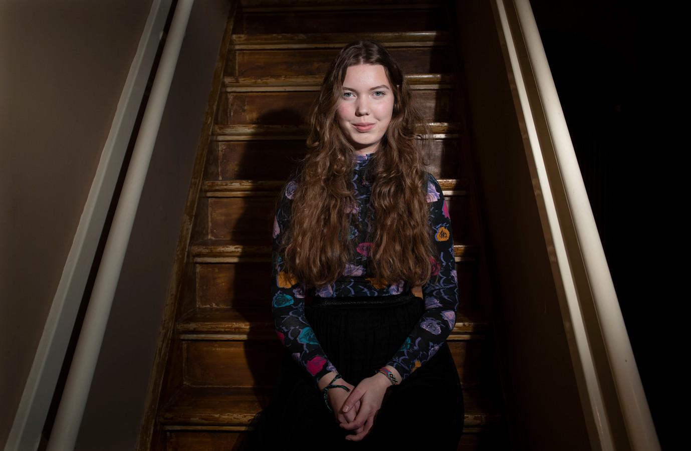 Maya Willemse speelt deze week op de pre-party van het Singer Songwriter Festival in Cultura en Astrant.