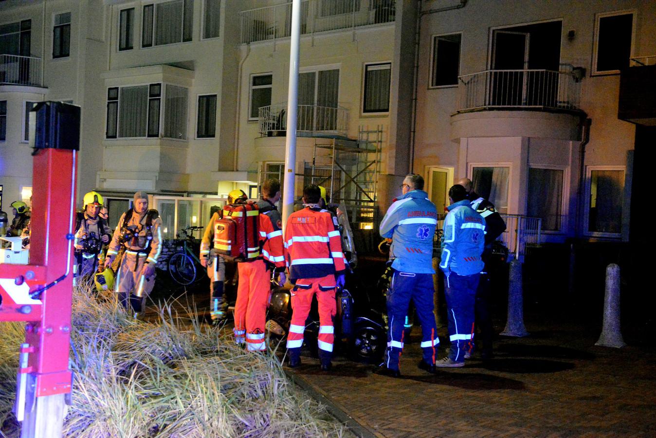 Een gewonde Scheveninger is overgebracht naar het ziekenhuis.