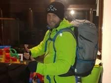 Man loopt 300 kilometer van Maastricht naar Den Helder voor zieke buurvrouw