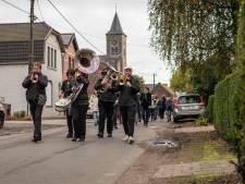 Feestelijk weekend in Sint-Kruiswinkel: zowel vernieuwing basisschool als heropening buurtweg gevierd
