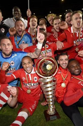 """Dag op dag vier jaar geleden keerde Royal Antwerp FC terug 'nor ierste klàs': """"Onvergetelijke dag"""""""