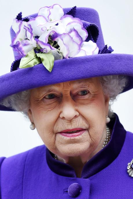 Comment la reine Elizabeth II va gagner un million de plus chaque année