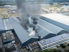 Grote brand op bedrijventerrein in Utrecht geblust