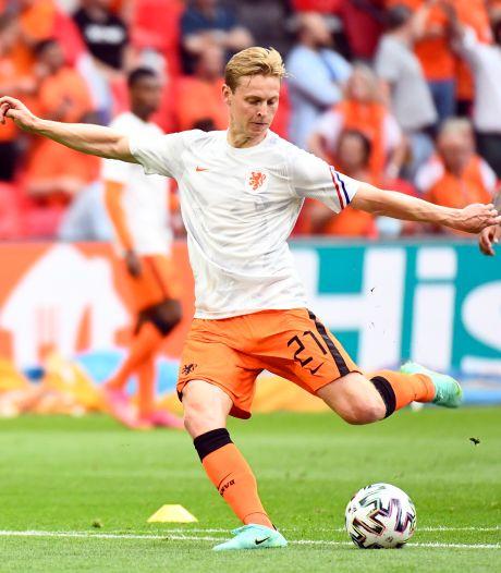 LIVE   Oranje bij winst op Oostenrijk poulewinnaar, Van Persie kijkt toe in sfeervolle Arena