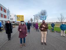 'Vestig arbeidsmigranten op voormalige veerplein, vlakbij Vlissings station'