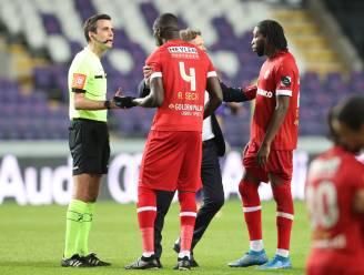 Referee Department beslist: doelpunten Mbokani terecht afgekeurd, late gelijkmaker Miazga was geldig