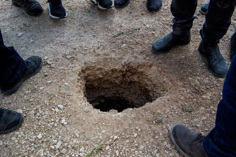 Niemand merkte de zes gevangenen op terwijl ze zich een weg baanden uit de gevangenis, ook niet de bewaker in de wachttoren waar de tunnel uiteindelijk uitkwam.  Beeld Reuters