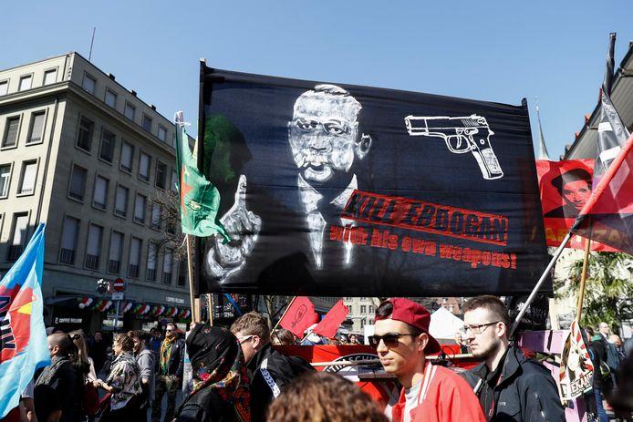 De poster waar Turkije tegen protesteerde.