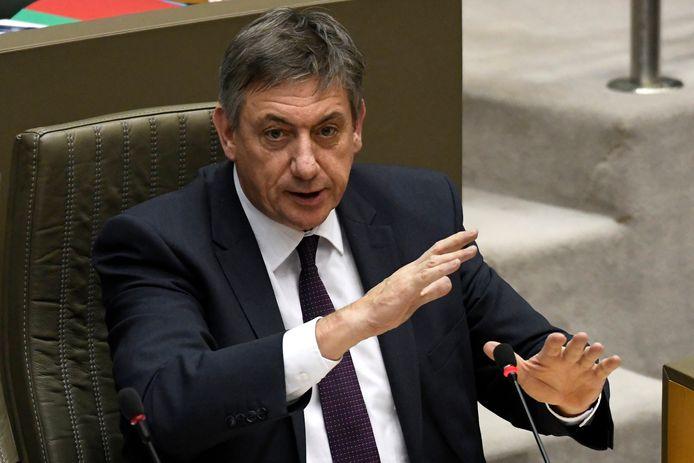 Minister-president van Vlaanderen Jan Jambon (N-VA) tijdens de plenaire zitting in het Vlaams Parlement