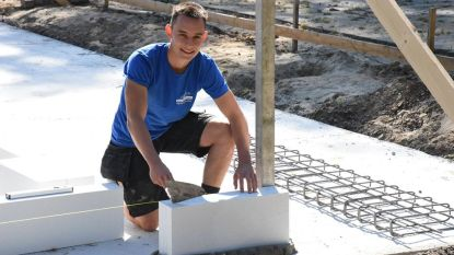 Eerste steen gelegd van nieuwe lokalen Chiro Massenhoven