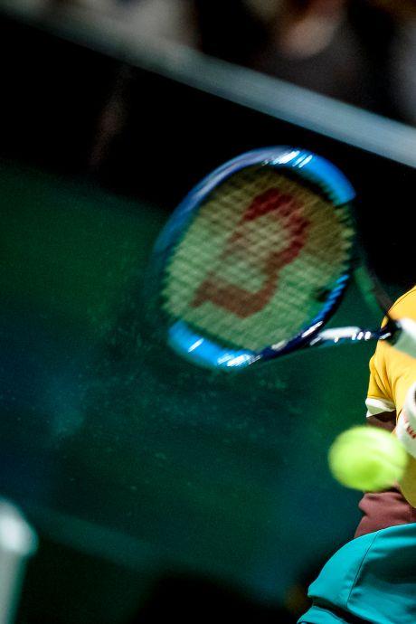 Tennissers zorgen met élke slag voor milieuvervuiling: nieuw soort bal moet sport 'vergroenen'