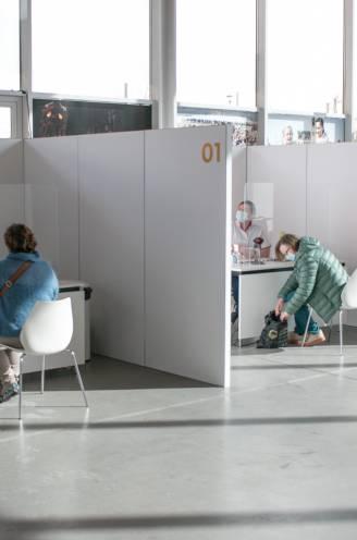 Vaccinstart brede bevolking drie à vier weken uitgesteld: dit zijn de drie huidige obstakels in onze vaccinatiestrategie