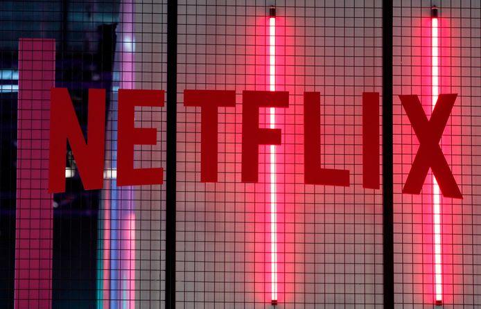 Netflix biedt series en films aan die niet elders te zien zijn. In het eerste kwartaal scoorde het platform onder meer met de sciencefictionserie Altered Carbon. Dit jaar steekt het bedrijf 7,5 miljard tot 8 miljard dollar in de productie van eigen series en films.